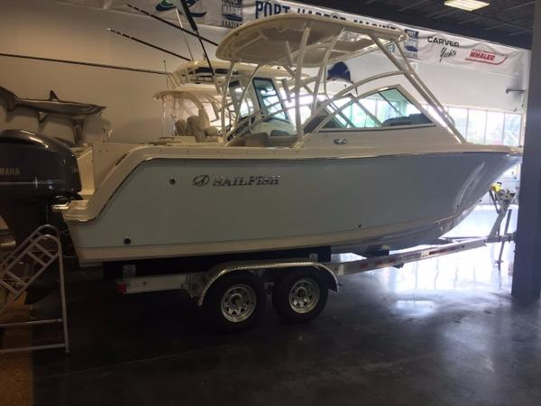 Sailfish 245 DC