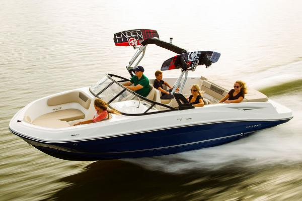 Bayliner VR6 Bowrider Manufacturer Provided Image