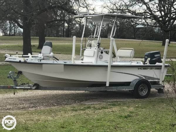 Kenner 18 Center Console 2003 Kenner 18 for sale in College Station, TX