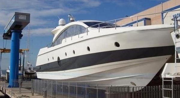 Aicon Yachts  72