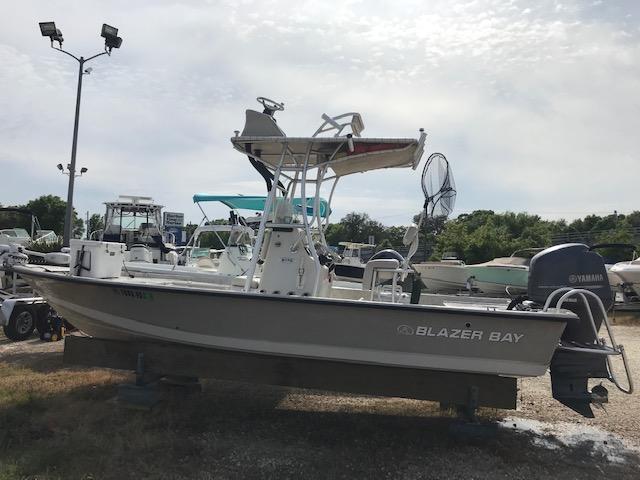 Blazer Bay Boat 2170