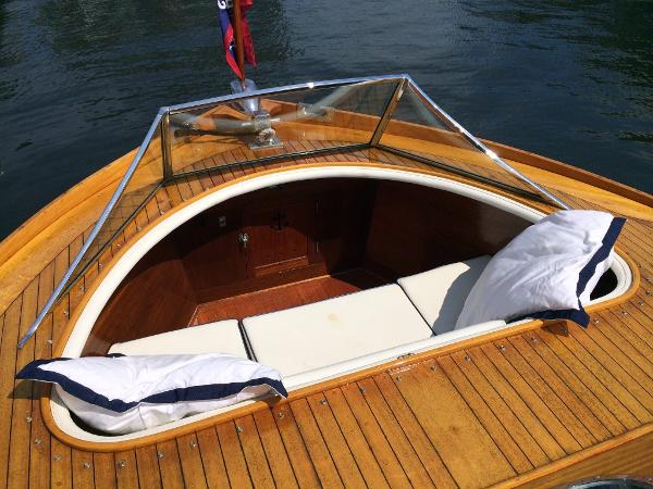 Foredeck Rumble Seat