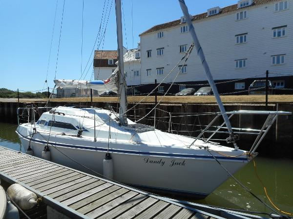 Hunter Horizon 27 TK Hunter Horizon 27 TK - Starboard Side
