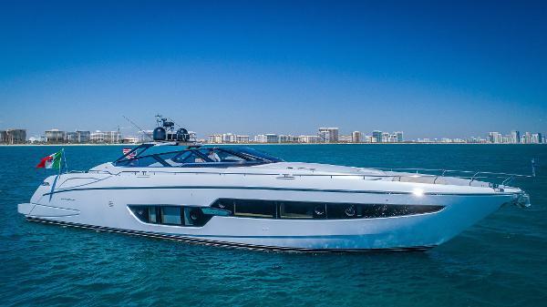 Riva 88' Florida 2016 Riva 88 Florida - Profile