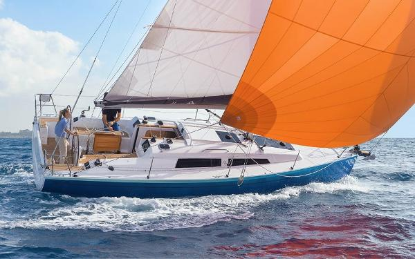 Hanse 315 Manufacturer Provided Image