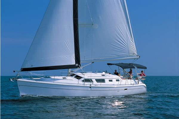 Hunter 44 Deck Salon Manufacturer Provided Image
