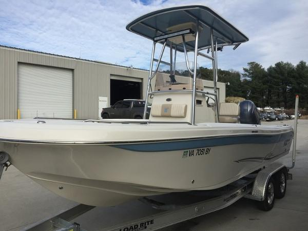 Carolina Skiff Ultra Elite Series 23