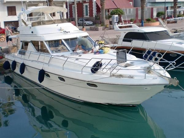 Princess 45 Flybridge Princess 45 for sale in Greece by Alvea Yachts