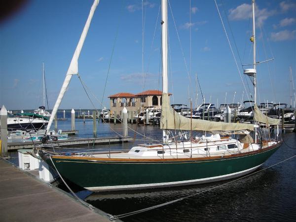 Hinckley Bermuda 40 MK II Yawl