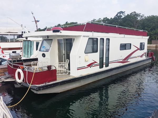Kencraft 48 Housecruiser Port Profile