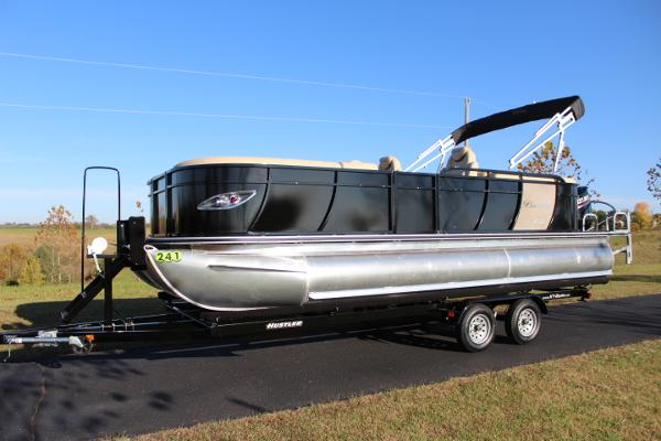 Bentley Pontoons Elite Admiral 223 - 200hp