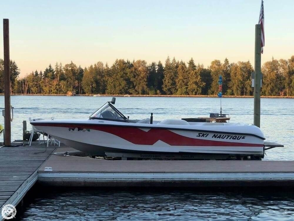 Correct Craft 196 2000 Correct Craft 196 for sale in Lake Tapps, WA