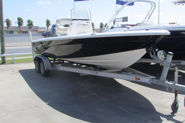 Nautic Star 2200 Sport