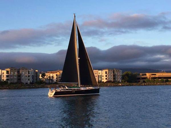 Beneteau Sense 50 Under Sail