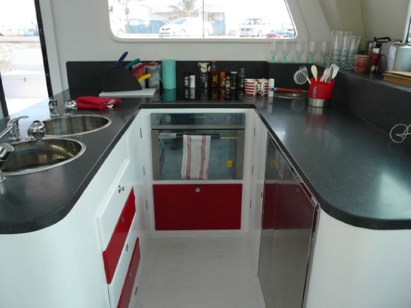 GreenCat 605 U-shaped kitchen