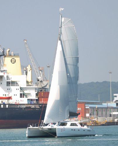 GreenCat 605 Sailing