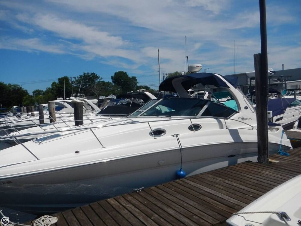 Sea Ray 320 Sundancer 2004 Sea Ray 320 Sundancer for sale in Seaford, NY