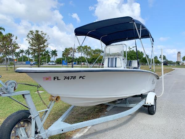 Carolina Skiff SEA CHASER 175