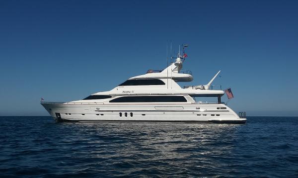 "Horizon Tri-Deck Motoryacht 106' Horizon Tri-Deck ""MAXIMUS II"""