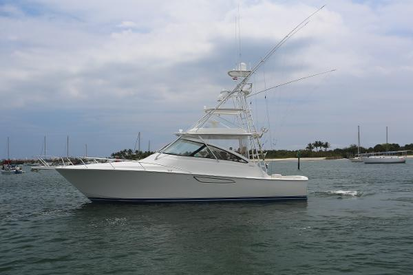Viking 42' Open Main Profile