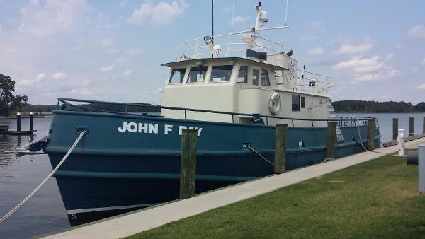 Norfolk Shipbuilding Custom Dive/Yard/Tug Boat Docked