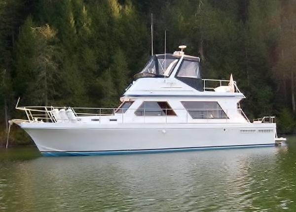 Canoe Cove 41 Sedan