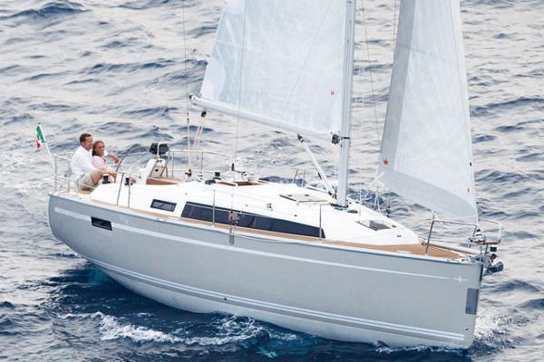 Bavaria Yachts USA Cruiser 33