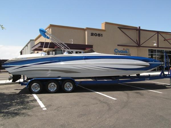 American Offshore 2800 Party Deck
