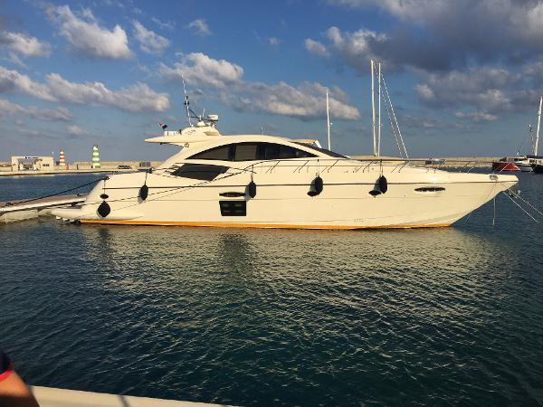 Queens Yachts 70HT