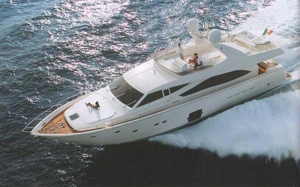 Ferretti Yachts 830 Photo 1