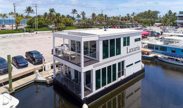 Global Boatworks Luxury House Yacht Profile