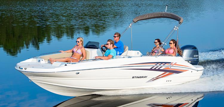 Stingray 192SC Deck Boat