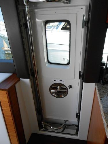 Upgraded Pantograph door