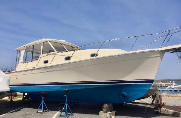 Mainship 34' Hardtop
