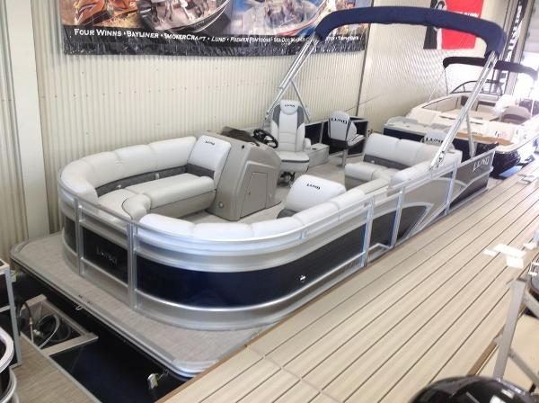 Lund LX220 Fish and Cruise