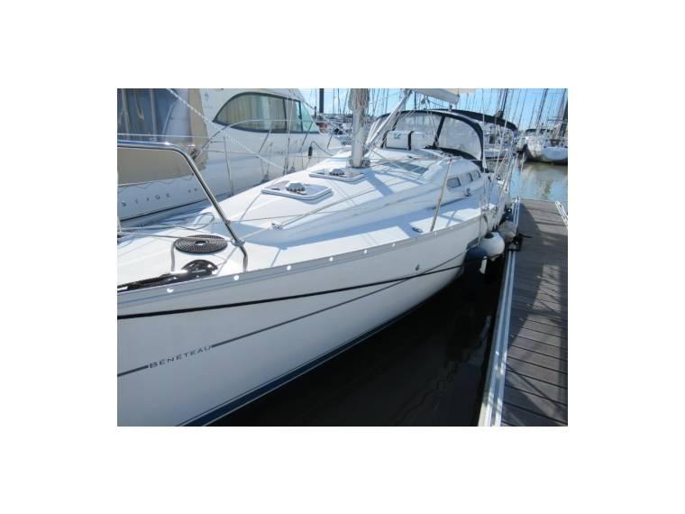 Beneteau BENETEAU OCEANIS 323 CLIPPER EB44559