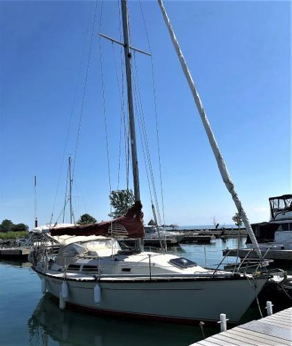 Mirage Yachts 33