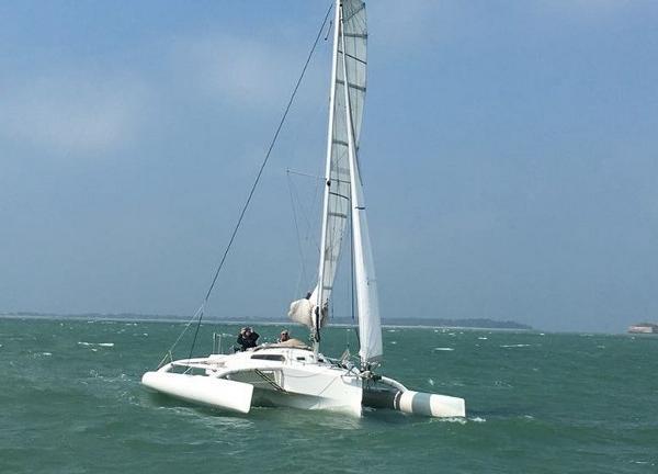 Naval Yachts CHALLENGE 33 TRIMARAN