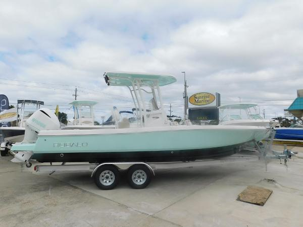 Robalo 246 Cayman 2018-robalo-246-cayman-bay-boat-for-sale