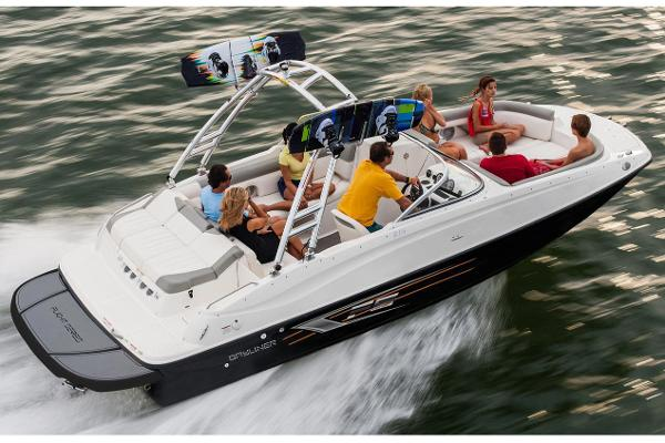 Bayliner 215 Deck Boat Manufacturer Provided Image