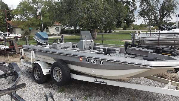 Champion Boats