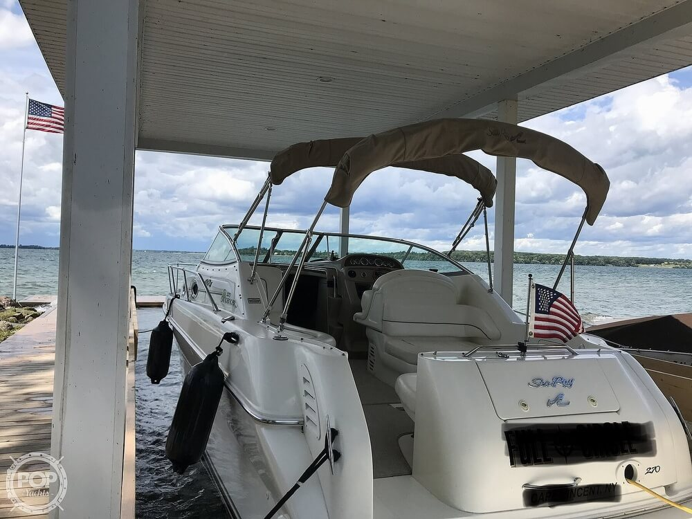 Sea Ray 270 Sundancer 2000 Sea Ray 270 Sundancer for sale in Cape Vincent, NY