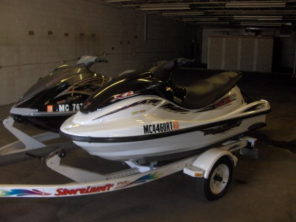 Yamaha WaveRunner VX  and XL1200