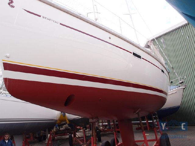 Oceanis_393_Clipper_SailingWorld_Yachtbrokers-2.JPG