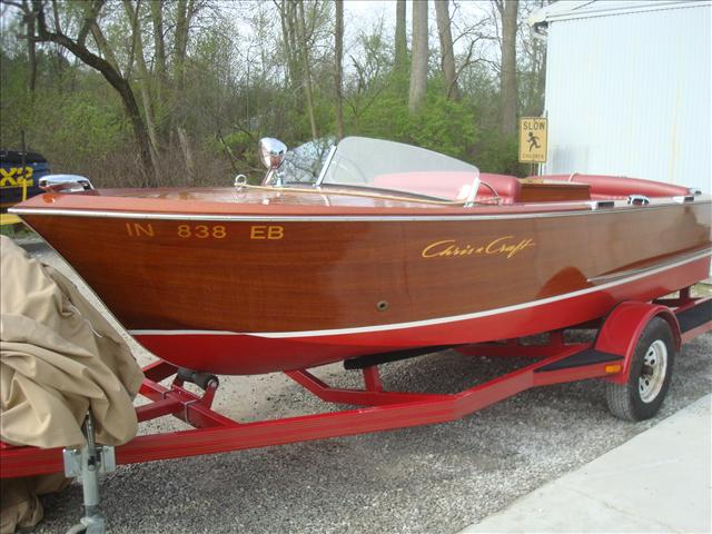 Chris-Craft Wood inboard 18 utility sportsman s