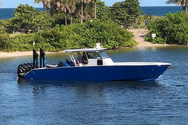 Gulf Stream Yachts 42 SUV Manufacturer Provided Image