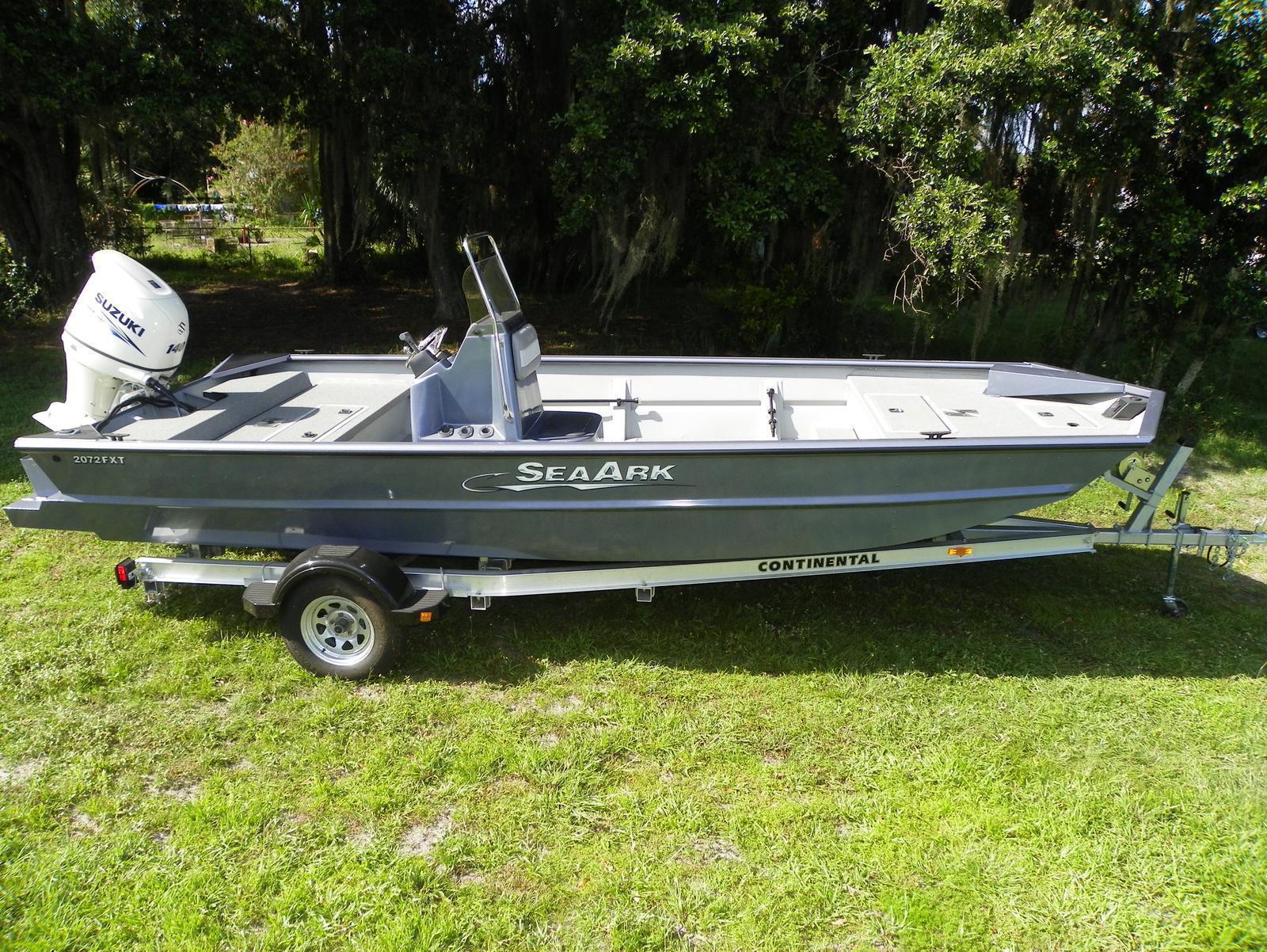 SeaArk 2072 FXTS Deluxe CC