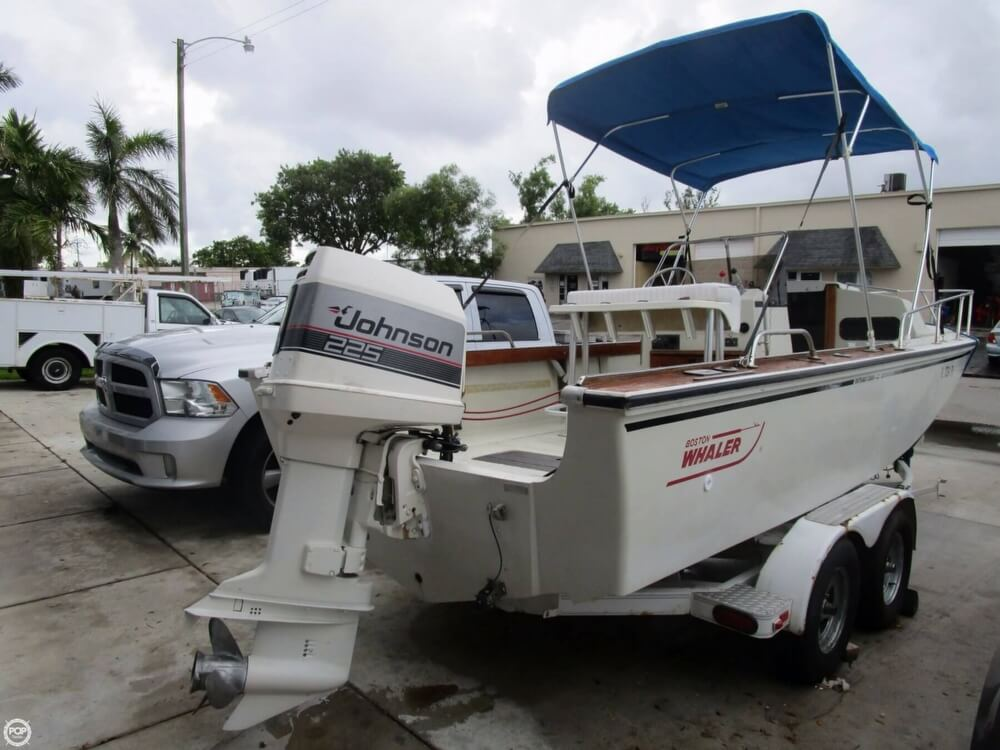Boston Whaler Outrage 22 Cuddy 1986 Boston Whaler Outrage 22 Cuddy for sale in Fort Lauderdale, FL