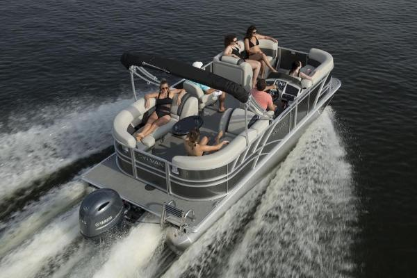 Sylvan Mirage 8520 Cruise Manufacturer Provided Image