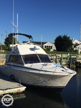 Bertram 33 Flybridge Cruiser 1978 Bertram 33 Convertible for sale in West Dennis, MA